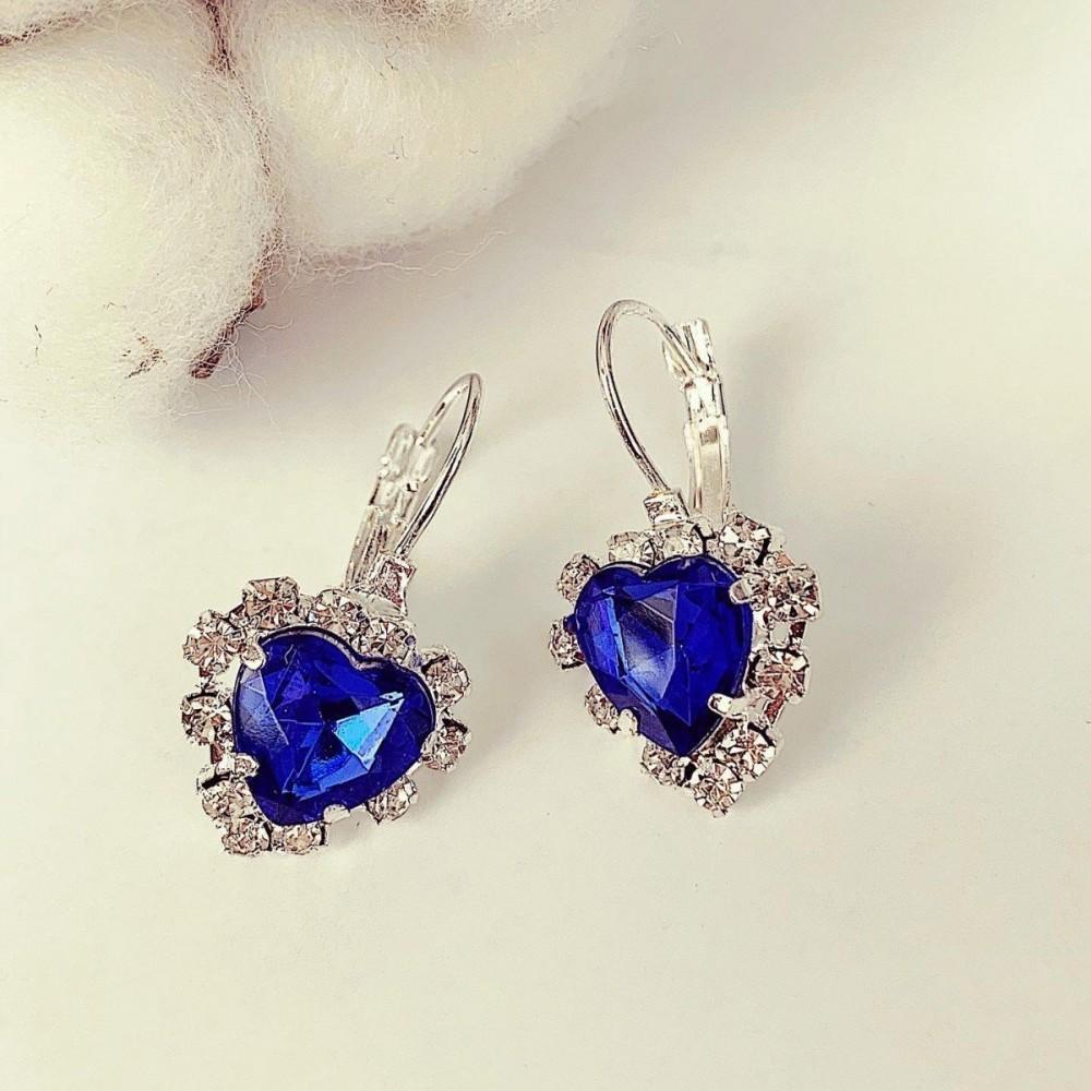 Cercei dama argintii cu pietricica bleumarin in forma de inima