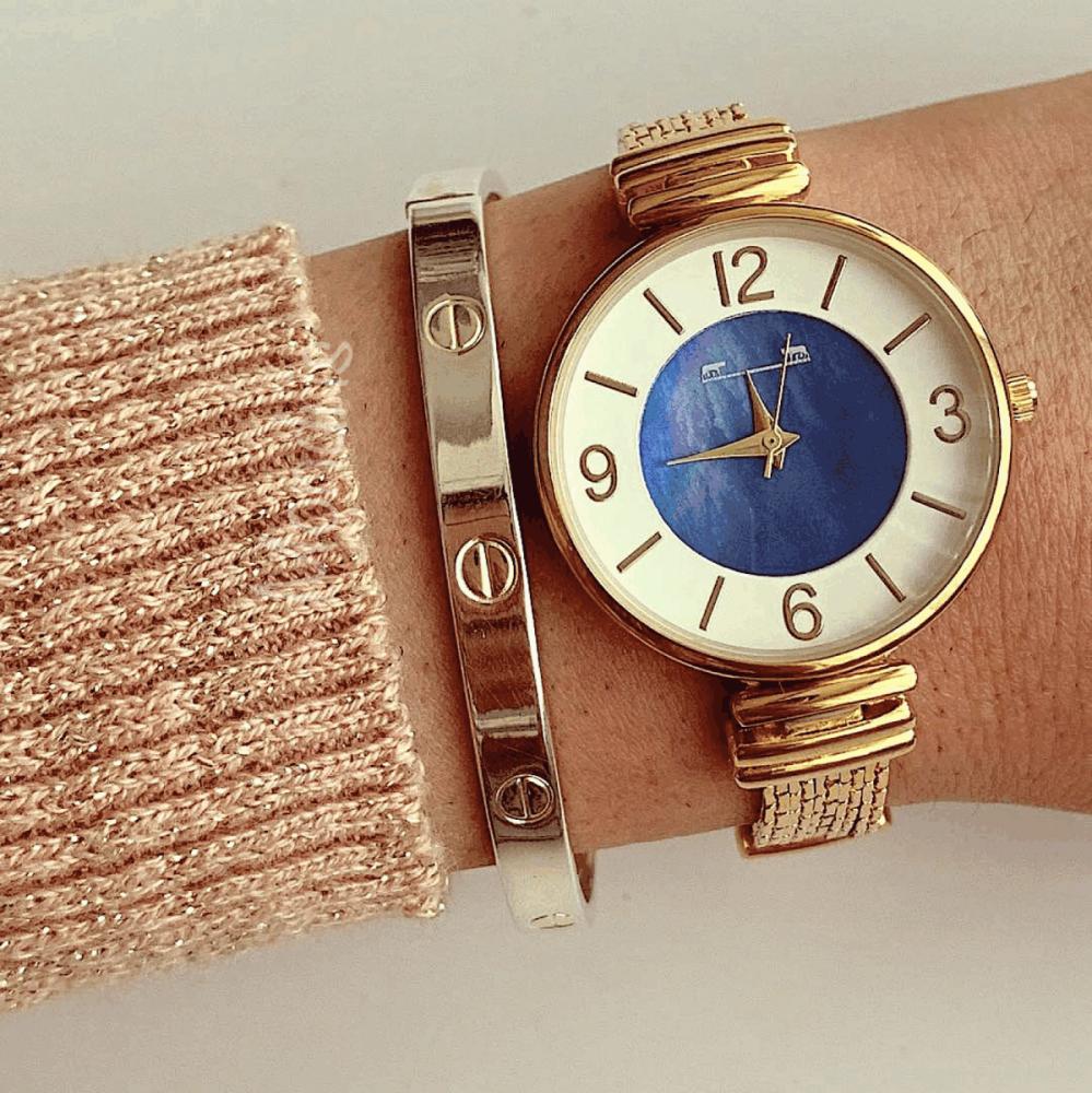 Ceas dama auriu minimalist cu bratara metalica cu cadran alb si albastru