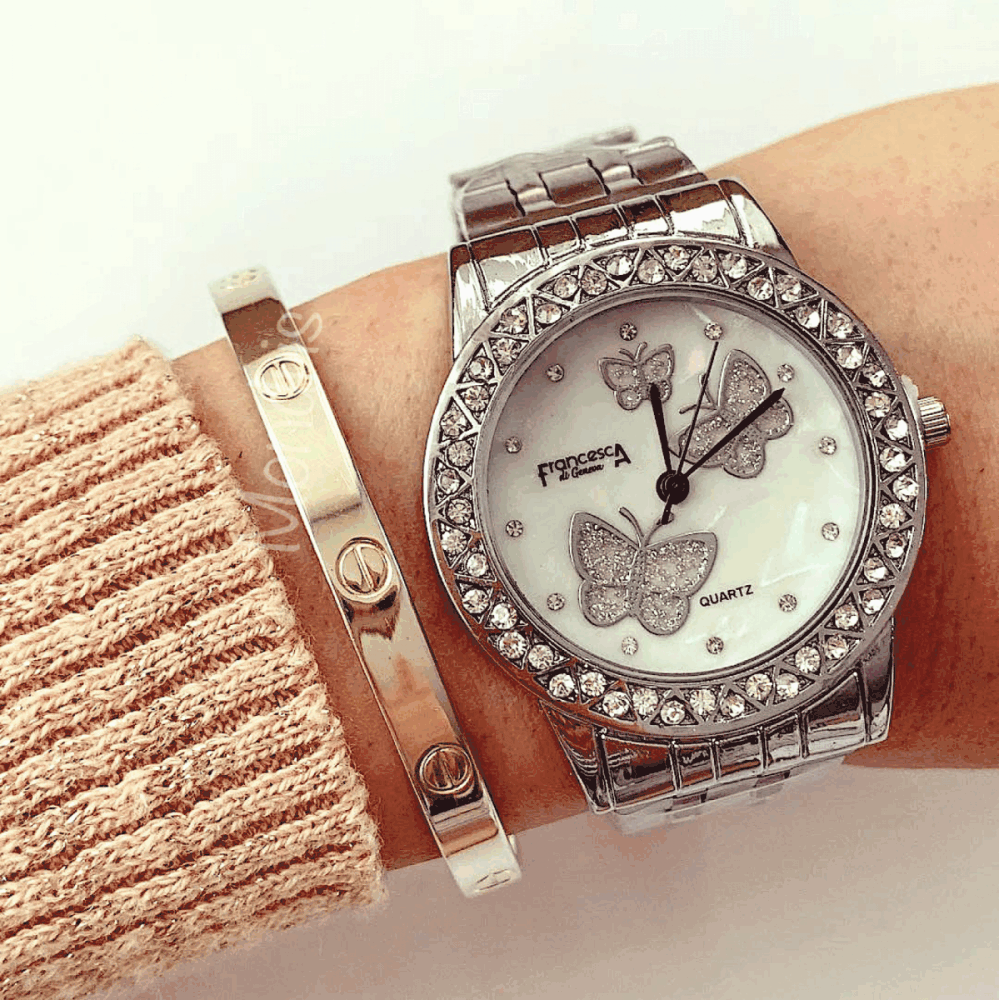 Ceas dama argintiu cu fluturasi pe cadran si pietricele
