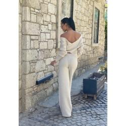 Compleu dama tricot crem format din pantaloni lungi reiati si bluza cu snur