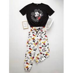 Compleu dama ieftin negru compus din pantaloni scurti elastici si tricou cu imprimeu MK Comics