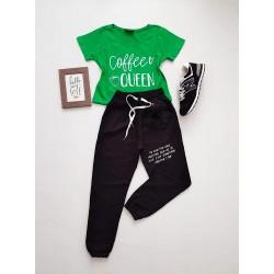 Compleu dama casual COMBO din pantaloni lungi negri puf + tricou verde Coffee Queen