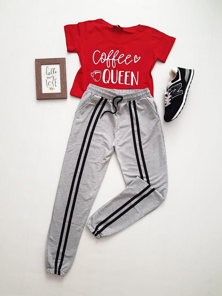 Compleu dama casual COMBO din pantaloni lungi dungi mijloc gri+ tricou rosu Coffee Queen