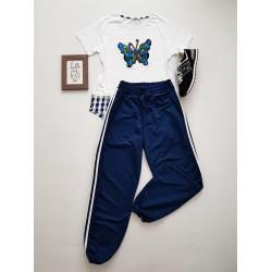 Compleu dama casual COMBO din pantaloni lungi dungi albastri + tricou Fluture alb
