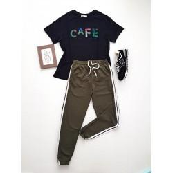 Compleu dama casual COMBO din pantaloni lungi dungi laterale kaki + tricou Cafe negru