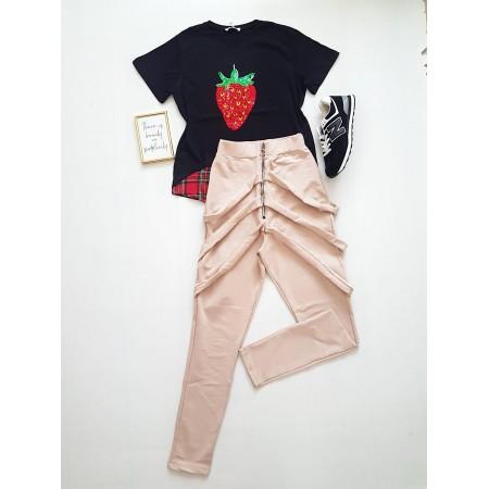 Compleu dama casual COMBO din pantaloni lungi vaga bej + tricou Capsuna negru