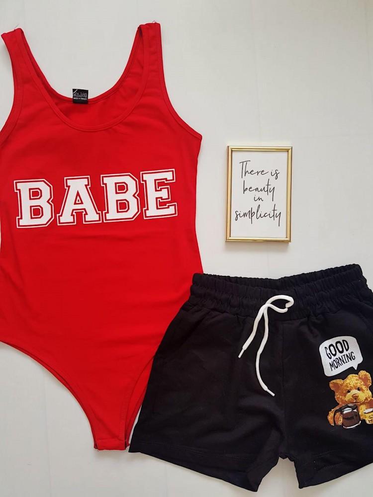 Compleu dama casual COMBO din pantaloni scurti negri Urs + body rosu Babe