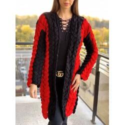 Cardigan dama lung gros din tricot rosu cu impletituri mari