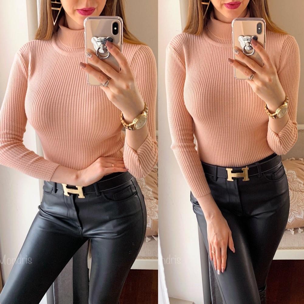 Pulover dama ieftin din tricot roz pudrat raiat cu guler inalt