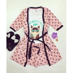 Set pijama dama 3 piese alcatuit din maieu + pantaloni scurti + halat roz cu imprimeu GC