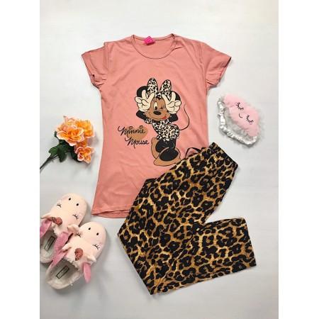Pijama dama ieftina bumbac lunga cu pantaloni lungi maro animal print si tricou roz cu imprimeu Minnie Mouse inimioara