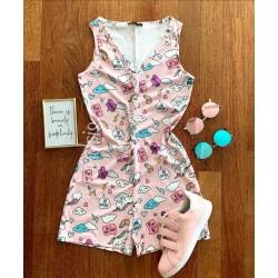 Pijama dama scurta tip salopeta roz fara maneci cu nasturi si imprimeu Norisori