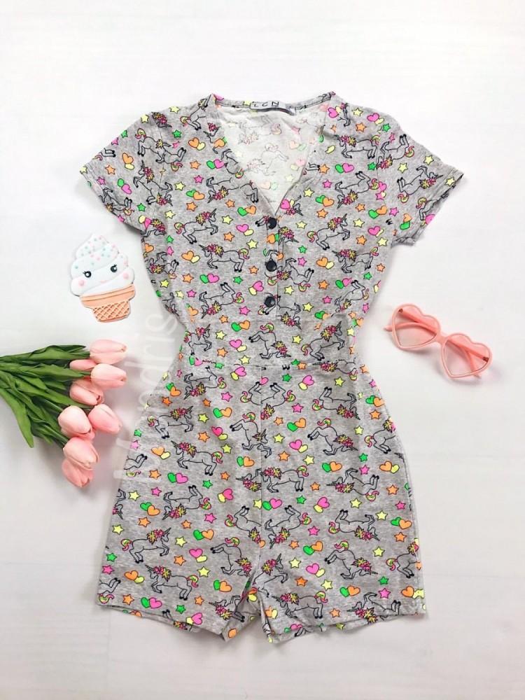 Pijama dama scurta tip salopeta gri cu nasturi si imprimeu Unicorni si Stelute