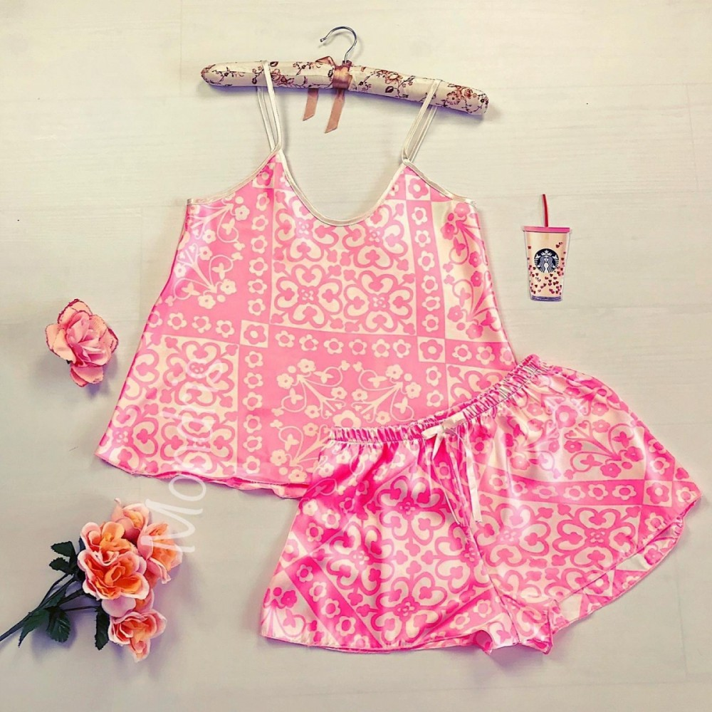 Pijama dama ieftina primavara-vara roz din satin lucios cu imprimeu floral