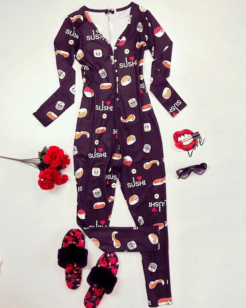 Pijama dama lunga tip salopeta neagra cu nasturi si imprimeu Sushi