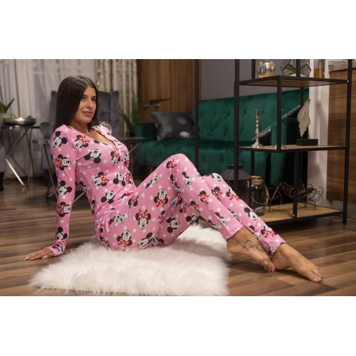 Pijama dama tip salopeta lunga roz cu maneca lunga si imprimeu MM