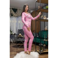 Pijama dama tip salopeta lunga roz cu maneca lunga si imprimeu BRB