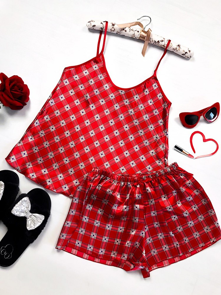 Pijama dama ieftina primavara-vara rosie din satin lucios cu imprimeu carouri