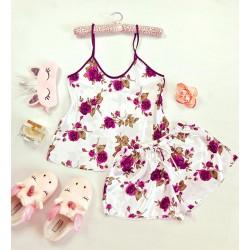 Pijama dama ieftina primavara-vara alba din satin lucios cu imprimeu trandafir visiniu