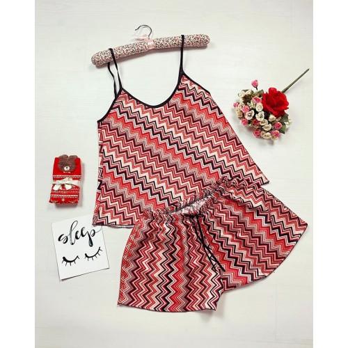 Pijama dama ieftina primavara-vara rosie din satin lucios cu imprimeu zig-zag