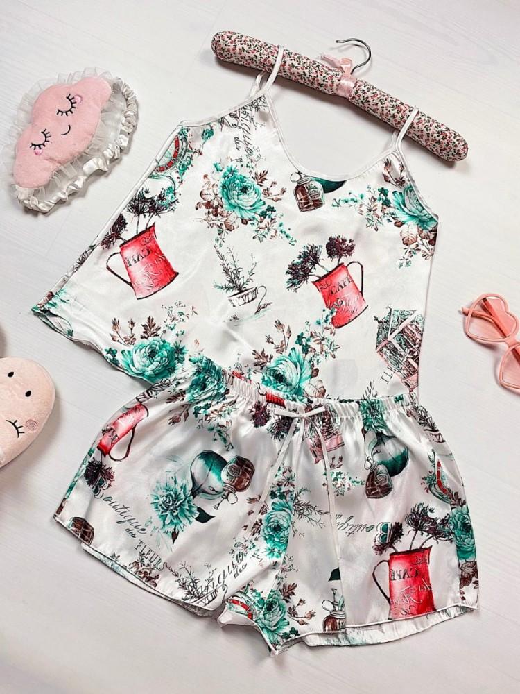 Pijama dama ieftina primavara-vara alba din satin lucios cu imprimeu Vintage