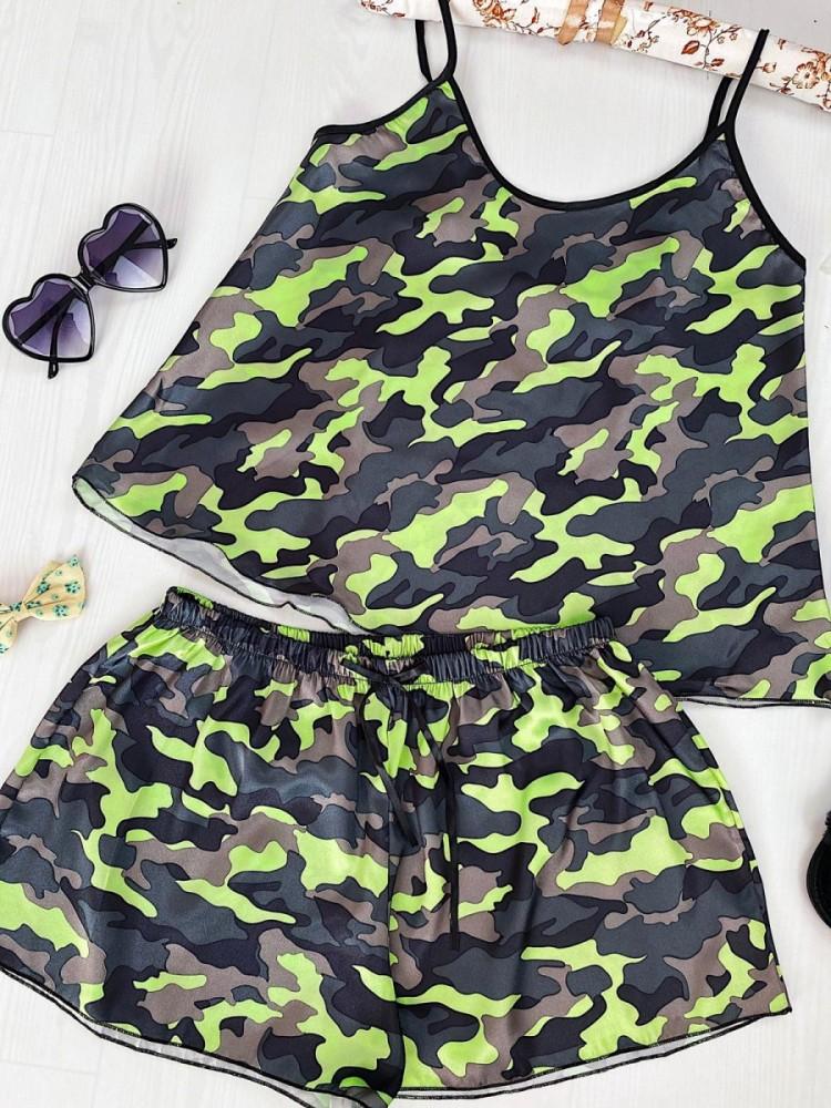 Pijama dama ieftina primavara-vara gri cu verde din satin lucios cu imprimeu Army