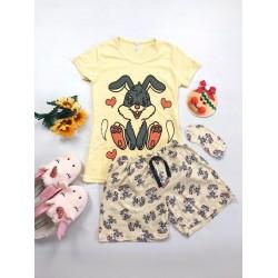 Pijama dama ieftina bumbac scurta cu pantaloni scurti si tricou galben cu imprimeu Love Bunny