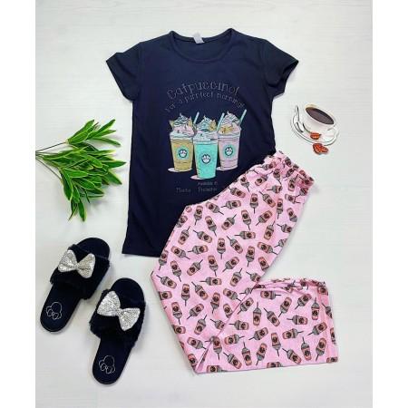 Pijama dama din bumbac ieftina cu pantaloni lungi roz si tricou negru cu imprimeu Catpuccino