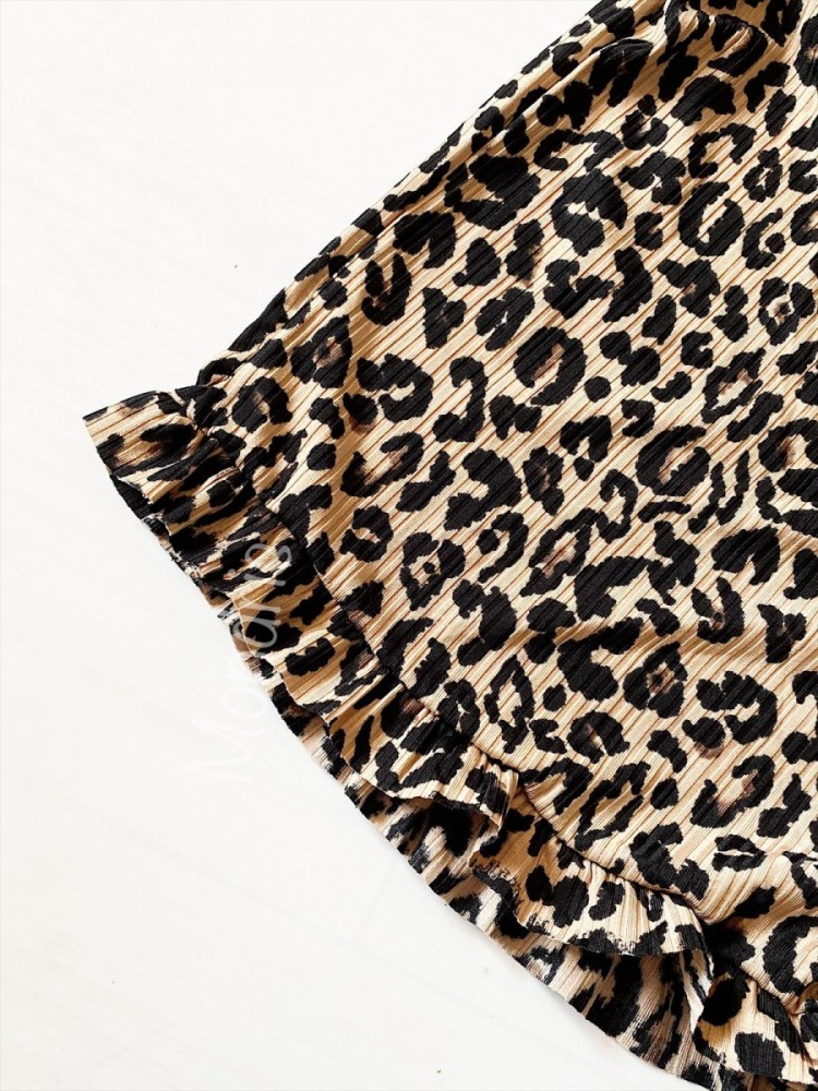 Pijama dama maro ieftina scurta cu maieu cu volanase si imprimeu animal print