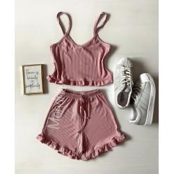 Pijama dama roz prafuit ieftina scurta cu maieu cu volanase