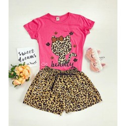 Pijama dama ieftina cu tricou roz inchis si pantaloni scurti cu imprimeu HK animal print