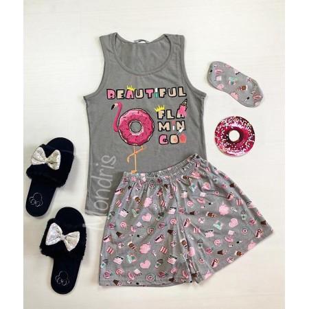 Pijama dama ieftina bumbac cu pantaloni scurti gri si maieu gri cu imprimeu Flamingo