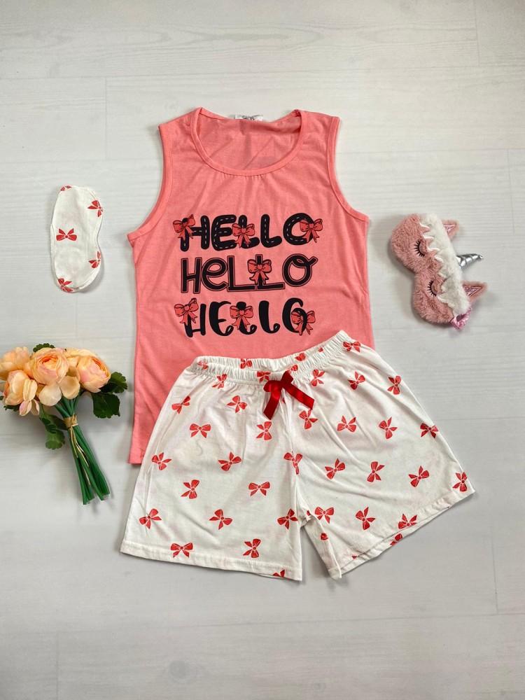 Pijama dama ieftina bumbac cu pantaloni scurti albi si maieu roz cu imprimeu Hello