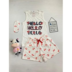 Pijama dama ieftina bumbac cu pantaloni scurti albi si maieu alb cu imprimeu Hello