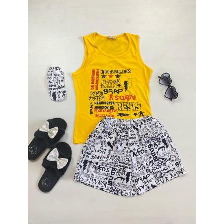 Pijama dama ieftina bumbac cu pantaloni scurti albi si maieu galben cu imprimeu Cuvinte