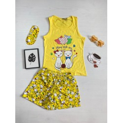 Pijama dama ieftina bumbac cu pantaloni scurti galbeni si maieu galben cu imprimeu Pisicute