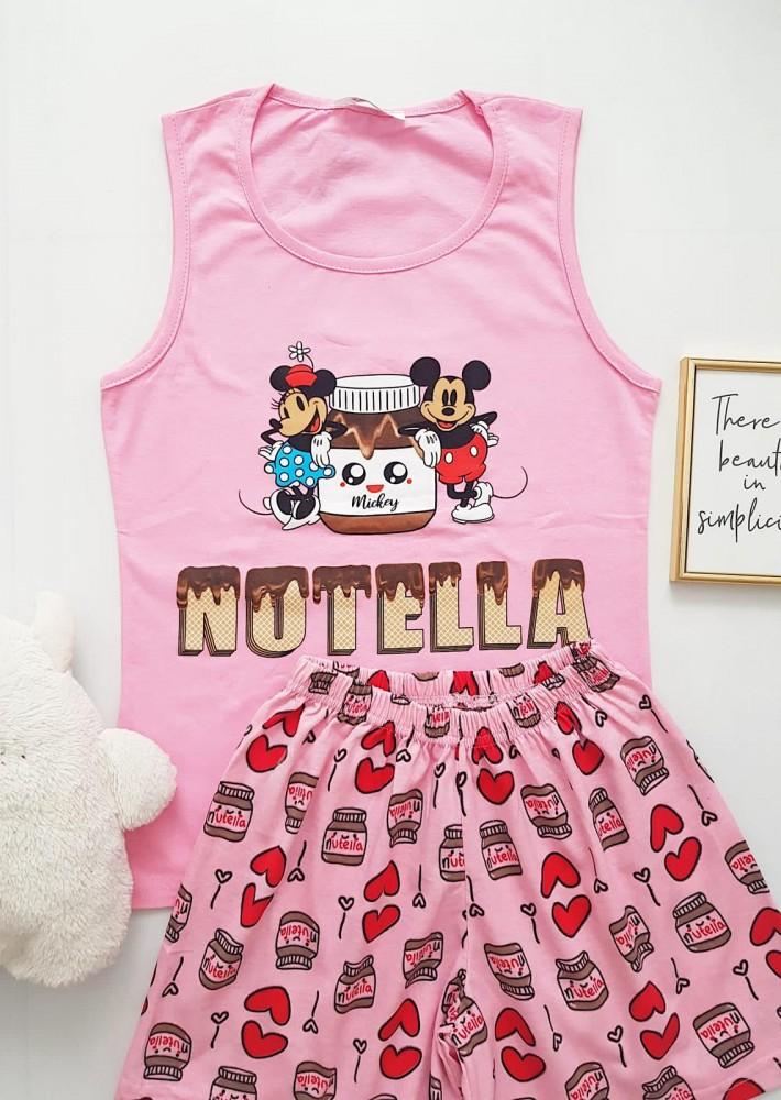 Pijama dama ieftina bumbac cu pantaloni scurti roz si maieu roz cu imprimeu NTL cuplu