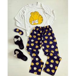 Pijama dama bumbac lunga cu pantaloni lungi si bluza cu maneca lunga alba cu imprimeu GF suparat