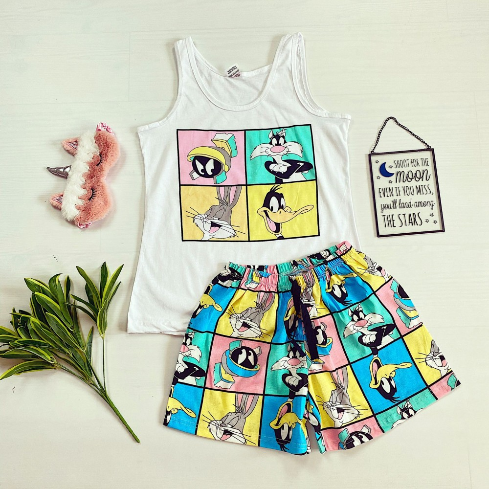 Pijama dama ieftina bumbac cu maieu alb/albastru si pantaloni scurti cu imprimeu Disney 4