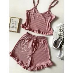 Pijama dama roz prafuit ieftina scurta cu maieu cu volanase simplu