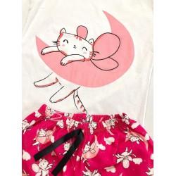 Pijama dama ieftina din bumbac cu tricou alb si pantaloni  scurti roz cu imprimeu Luna