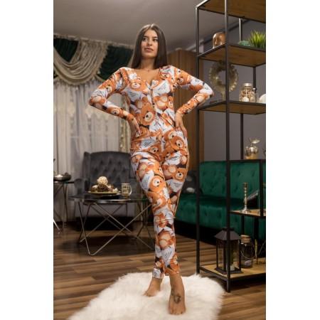Pijama dama tip salopeta lunga maro cu maneca lunga si imprimeu Ursulet