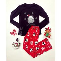Pijama dama ieftina bumbac lunga cu pantaloni rosii si bluza cu maneca lunga neagra cu imprimeu Pinguin