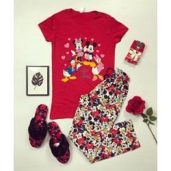 Pijama dama din bumbac ieftina cu tricou rosu si pantaloni colorati Disney Best Friends