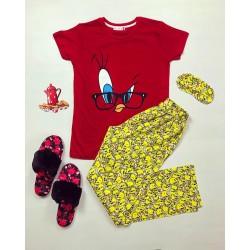 Pijama dama ieftina din bumbac cu tricou rosu si pantaloni galbeni cu imprimeu Tweety Ochelari