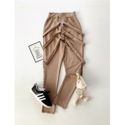 Pantaloni dama lungi maro cu fermoar si bretele