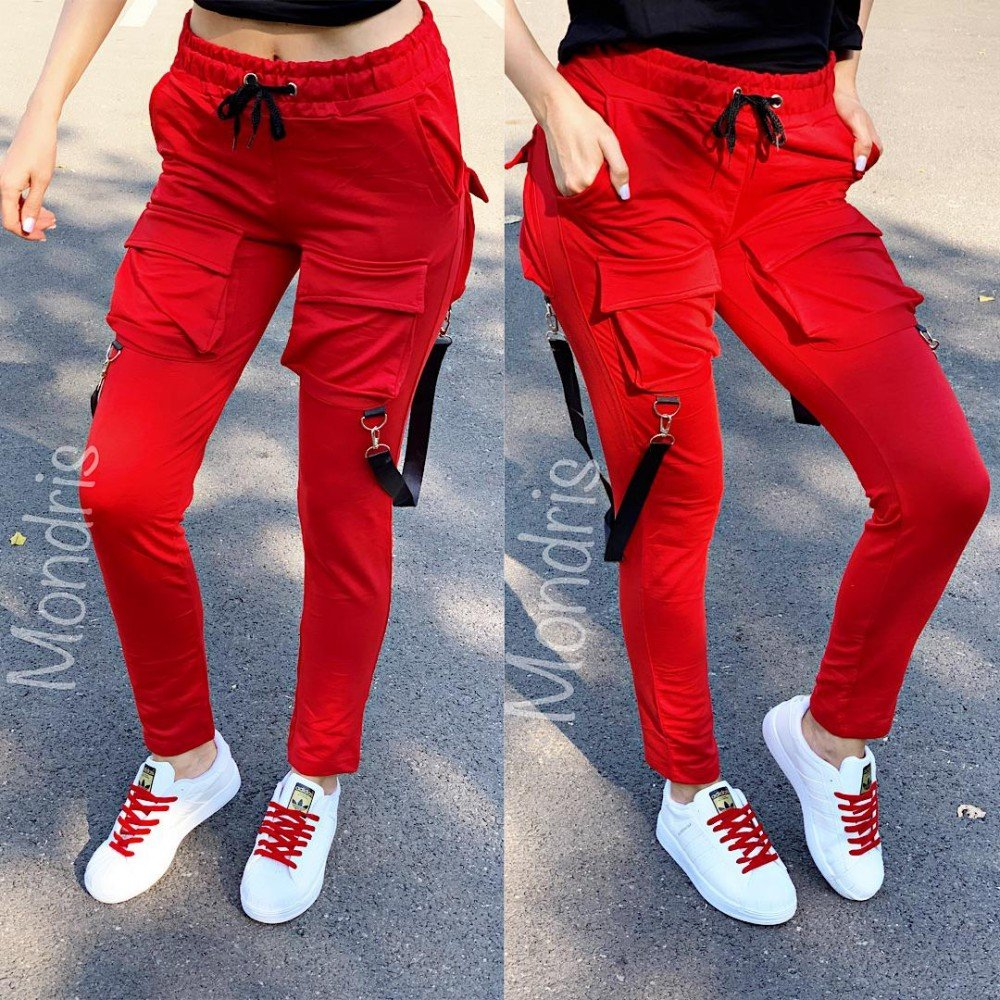 Pantaloni dama lungi ieftini rosii cu buzunare mari si bretele