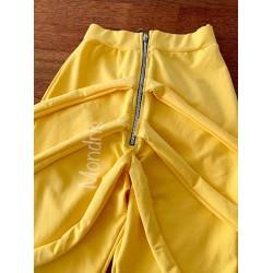 Pantaloni dama lungi galbeni cu fermoar si bretele