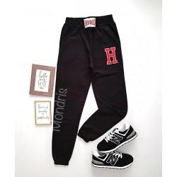 Pantaloni dama casual negri tip jogger cu imprimeu H