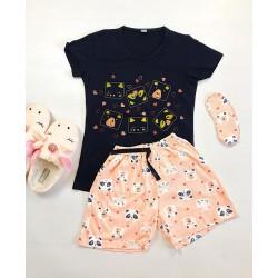 Pijama dama bumbac primavara-vara cu pantaloni scurti roz si tricou negru cu imprimeu Animals